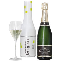 Exciting Special Moments with Champagne Jacquart Brut Mosaique