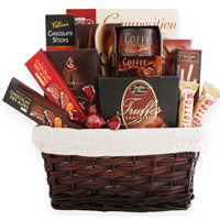 Lovable Splendid Fineness Chocolate Gift Hamper<br>